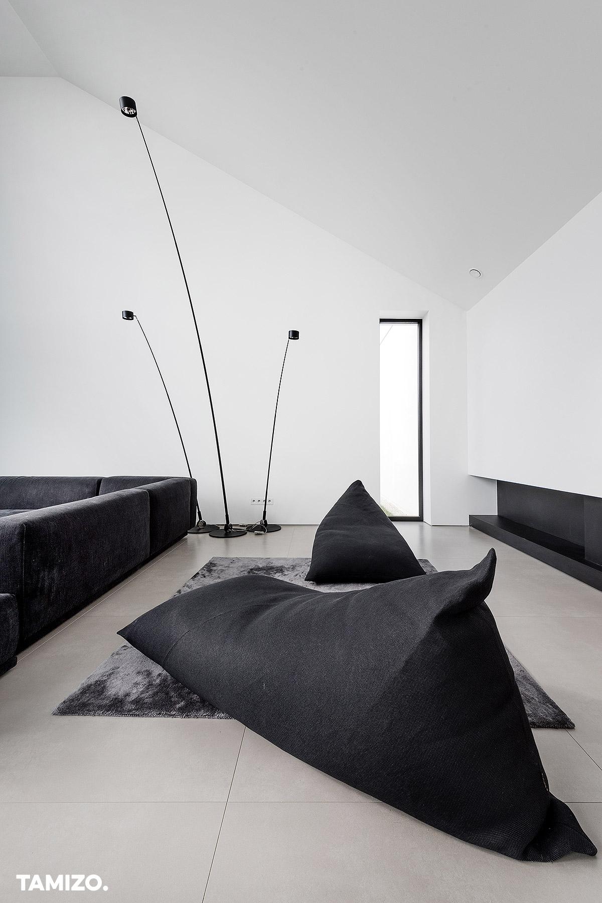002_tamizo_architects_interior_house_realization_warsaw_poland_08