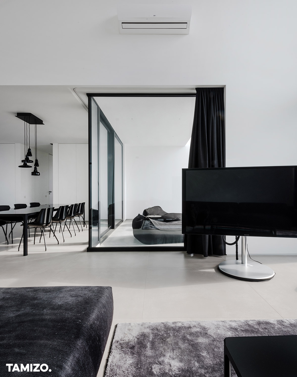011_tamizo_architects_interior_house_realization_warsaw_poland_24