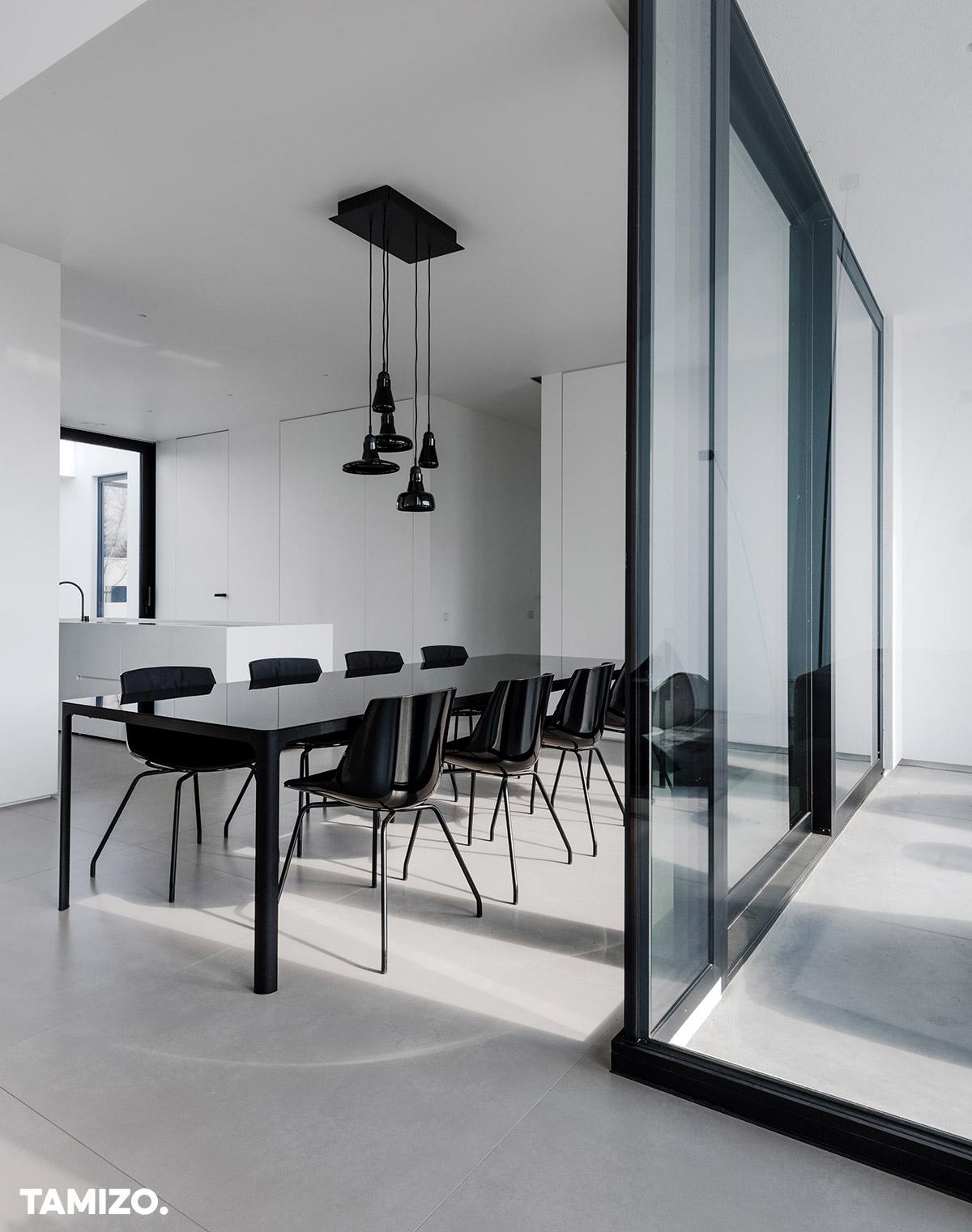 013_tamizo_architects_interior_house_realization_warsaw_poland_27
